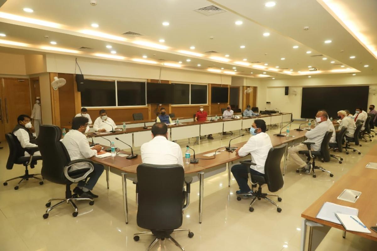 Coronavirus Lockdown Jharkhand LIVE: हेमंत सोरेन की सर्वदलीय बैठक में क्या हुआ, हिंदपीढ़ी की कोरोना पॉजिटिव महिला की वजह से अनगड़ा में खतरा