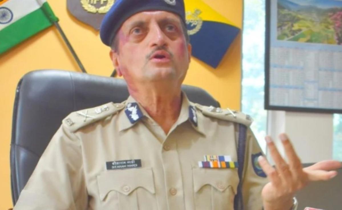 हिमाचल प्रदेश के डीजीपी ने कहा, दूसरों पर थूकने वाले Covid-19 मरीजों पर हत्या के प्रयास का मामला चलेगा