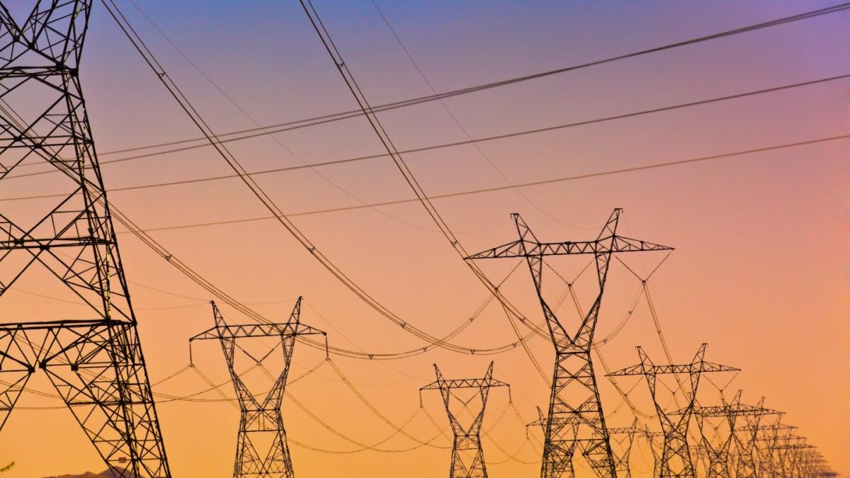 उपलब्धि : जिलों के 529 भवनों में लगे सौर ऊर्जा प्रोजक्ट तो एक माह में तीन करोड़ का कम हुआ बिजली बिल