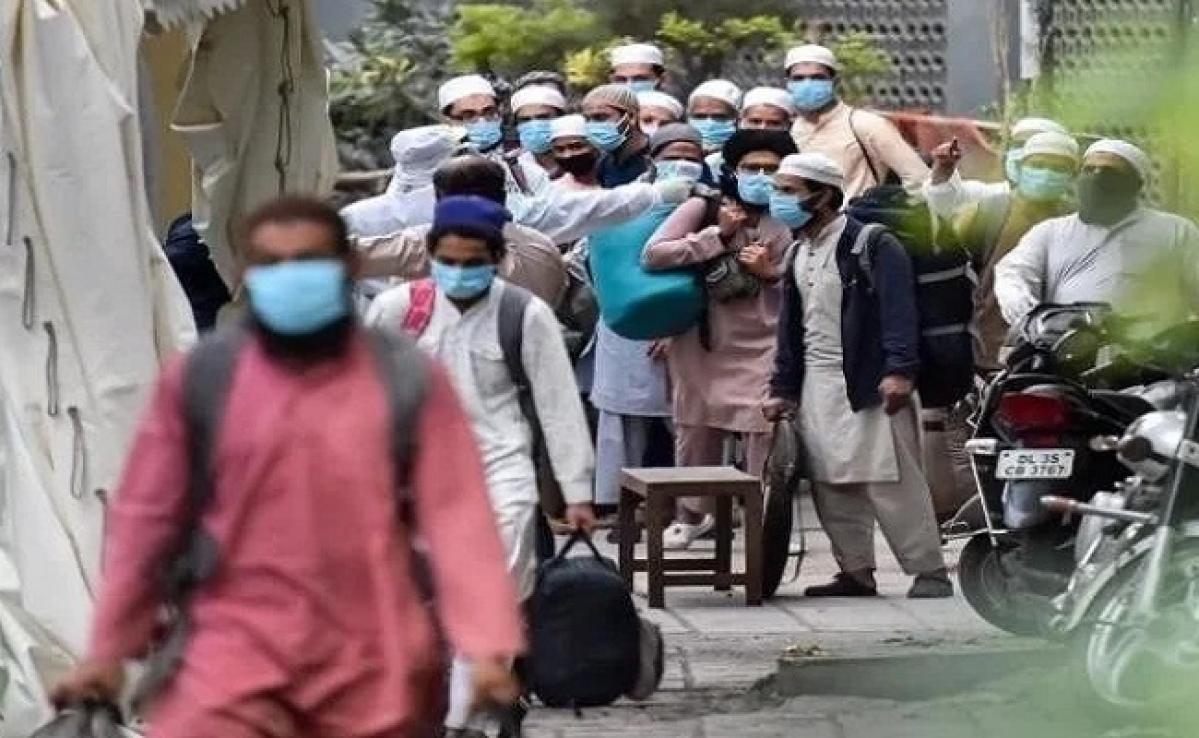 Lockdown in UP : केंद्रीय गृह मंत्री के खिलाफ आपत्तिजनक पोस्ट डालने वाला युवक गिरफ्तार, 11 जमात सदस्यों को किया गया क्वारेंटाइन