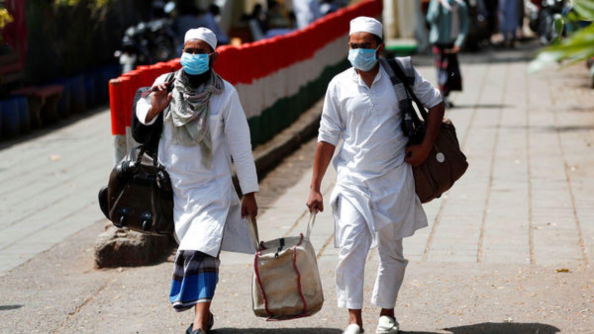 Tablighi Jamaat : 800 विदेशी जमात कार्यकर्ता दिल्ली की मस्जिद में छिपे थे, कहीं ये भी न हो कोरोना पॉजिटिव ?