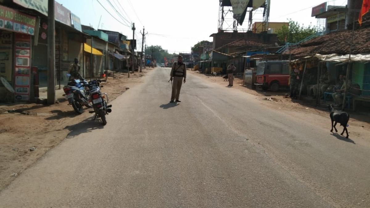 Coronavirus Lockdown Jharkhand LIVE: कोरोना वायरस फैलाने वालों के गांव में घूमने की अफवाह, ग्रामीणों ने युवकों को पीटा, एक की मौत, 5 घायल