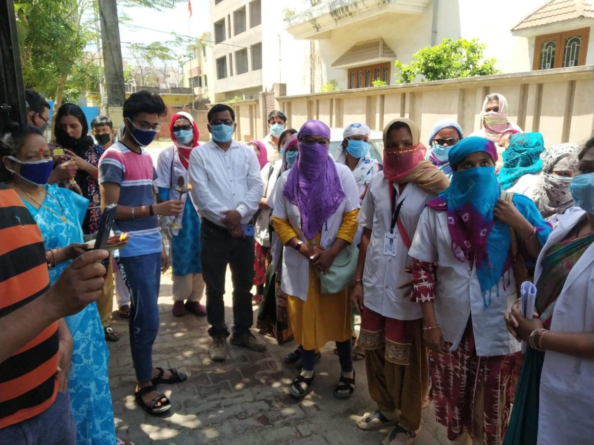 Coronavirus Lockdown Jharkhand: महिला कोरोना पॉजिटिव पाये जाने के चौथे दिन हिंदपीढ़ी में 10158 लोगों की हुई स्क्रीनिंग
