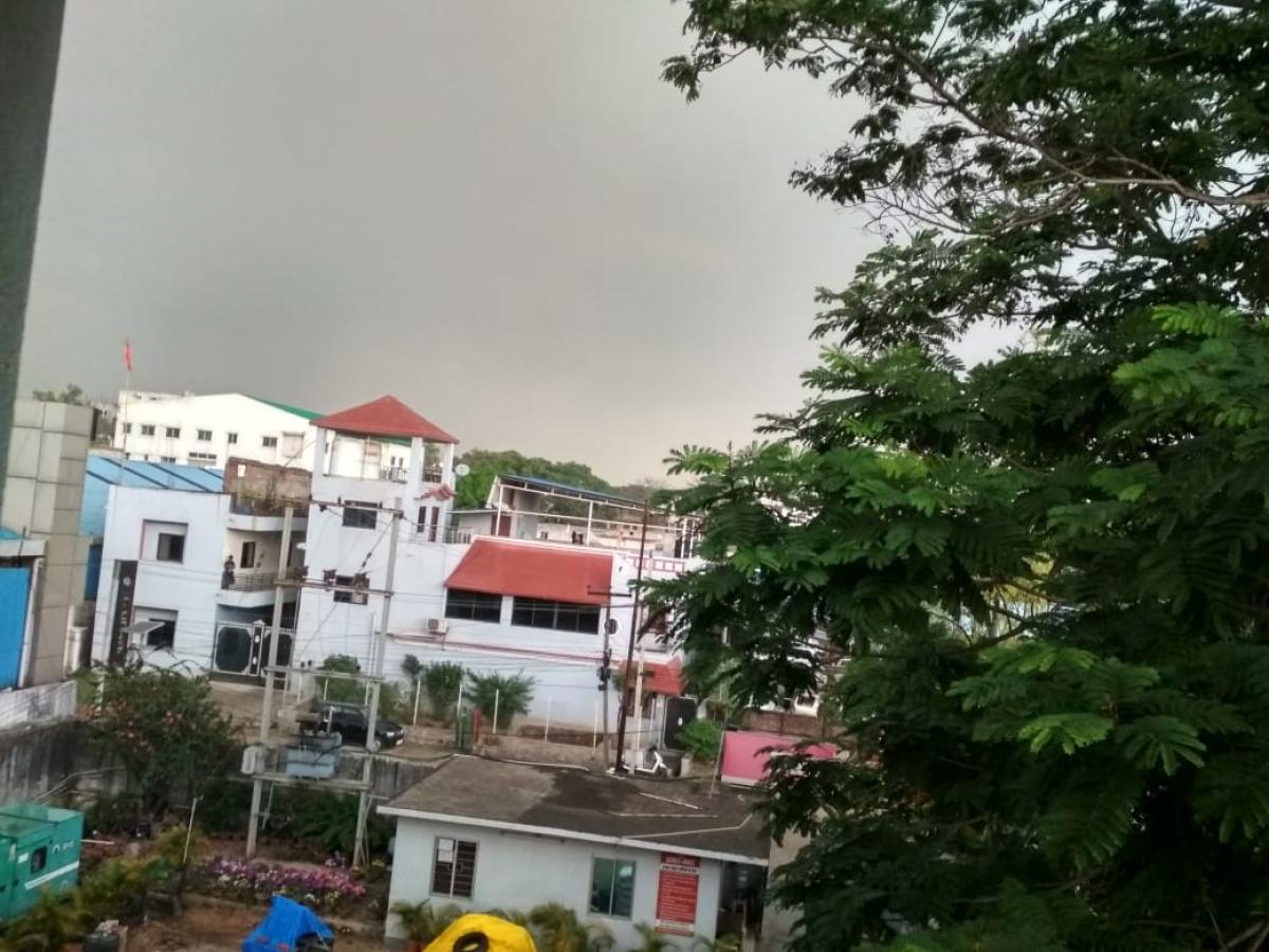रांची का मौसम बदला, बिजली कड़की, बारिश के साथ गिरे ओले, झारखंड के आधा दर्जन जिलों में वर्षा की चेतावनी