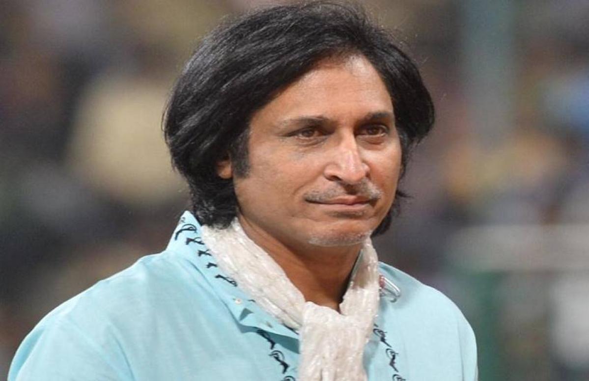 पाकिस्तानी कमेंटेटर रमीज रजा ने इन दो खिलाड़ीयों को दी सन्यास लेने की सलाह
