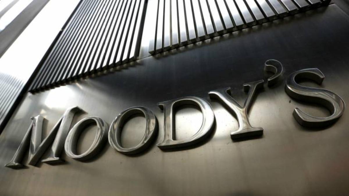 मूडीज ने भारतीय बैंकों के परिदृश्य नकारात्मक किया