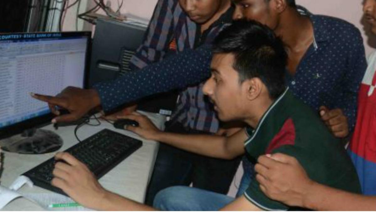 Bihar Board BSEB 10th Result 2020 LIVE Updates: ये पांच वेबसाइट और तीन स्टेप से आप मोबाइल पर ही देख सकते हैं 10वीं का परिणाम