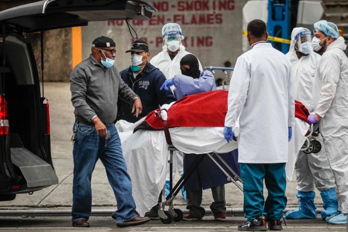 डरा रही कोरोना की रफ्तार, पिछले 24 घंटे में टूटा मौत का रिकॉर्ड