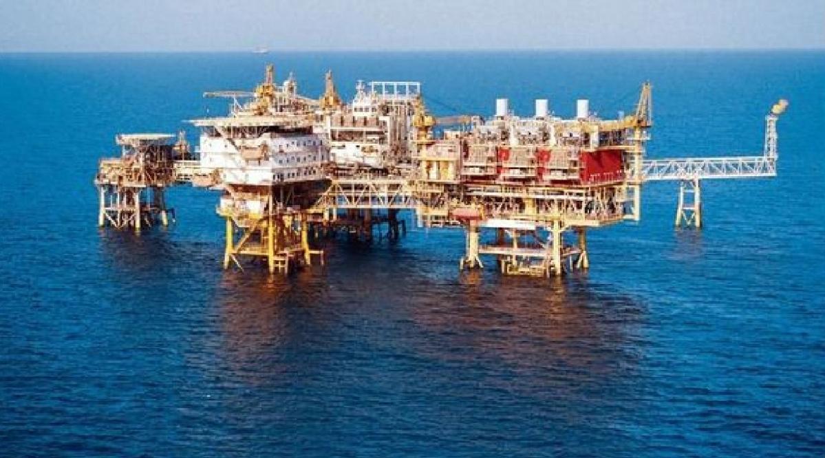 अंतरराष्ट्रीय बाजार में गैस और तेल की कीमत में भारी गिरावट, ONGC कर रहा त्राहि-माम