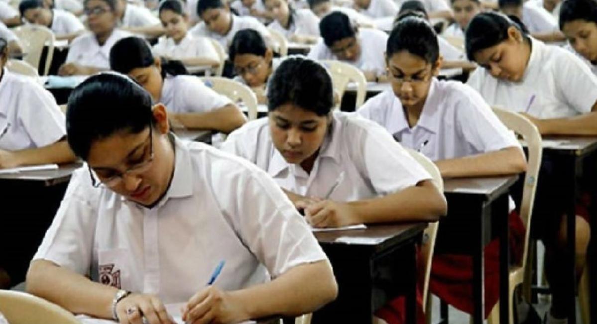 Fact Check : 22 अप्रैल से शुरू नहीं होंगी CBSE Board की परीक्षाएं, बोर्ड ने वायरल नोटिस को बताया फर्जी