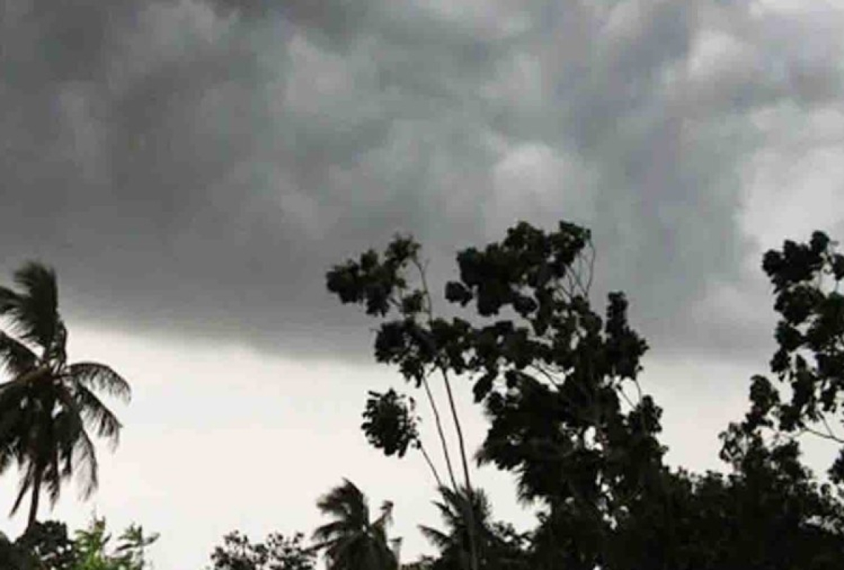 Weather Forecast Live: बैंगलुरु में मौसम ने करवटें बदली, होने लगी है बारिश