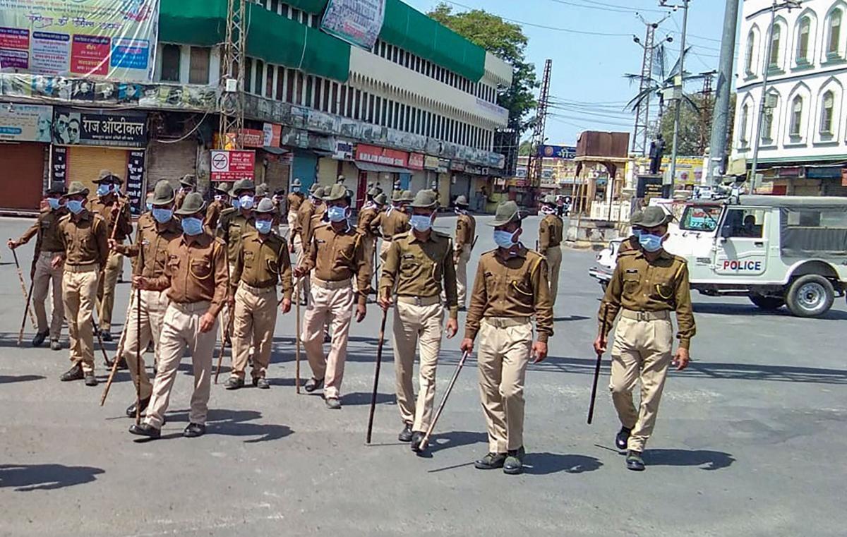 भीलवाड़ा में लॉकडाउन को लेकर और सख्त हुआ प्रशासन, एनजीओ और मीडिया को जारी पास रद्द