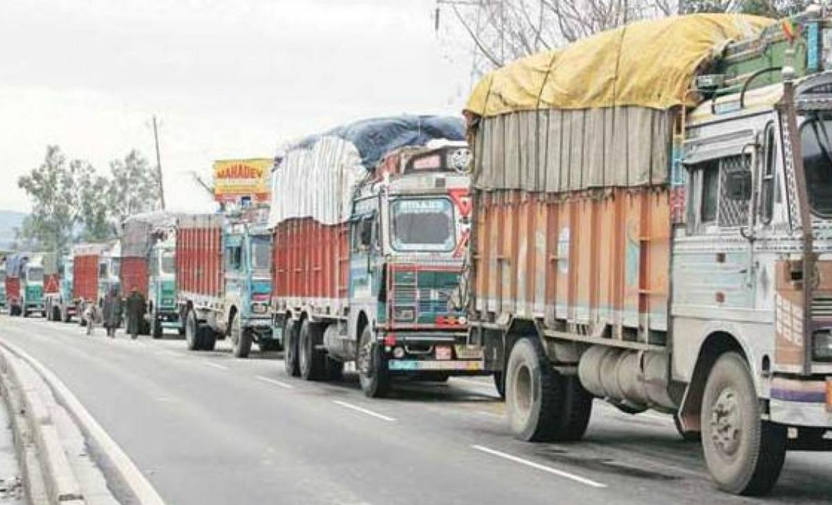Covid19 In Jharkhand: परिवहन सचिव की डीजीपी को सलाह - मालवाहक वाहनों में ड्राइवर-खलासी के अलावा जो मिले उसपर करें कड़ी कार्रवाई