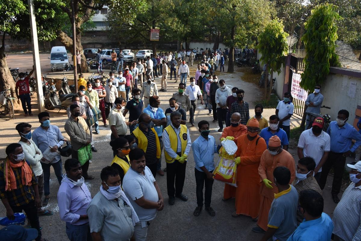 Coronavirus Lockdown Jharkhand LIVE: लॉकडाउन के दौरान पुलिस की चेतावनी के बावजूद 57 लोगों ने सोशल मीडिया पर किया आपत्तिजनक पोस्ट