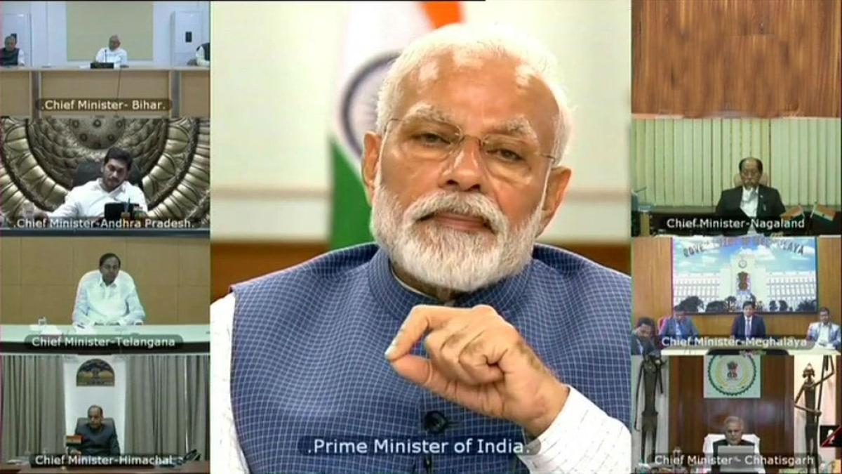कोरोना संकट : पीएम मोदी ने कोरोना को लेकर की मुख्यमंत्रियों से बात, लॉकडाउन आगे नहीं बढ़ाने का दिया संकेत