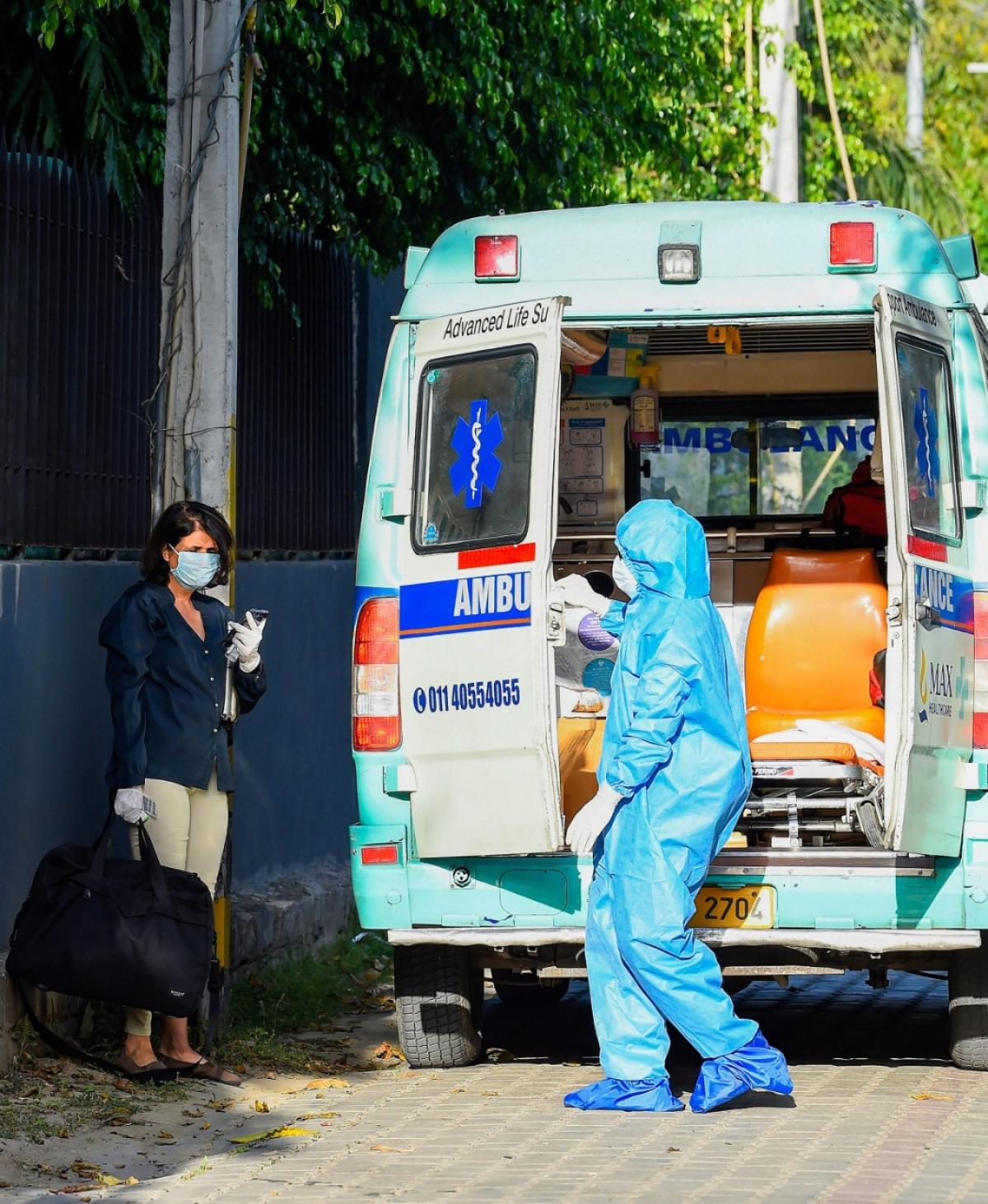 Coronavirus News Live Update : देशभर में मौत का आंकड़ा 120 के पार, अमेरिका में पिछले 24 घंटे में रिकॉर्ड 2000 लोग मरे