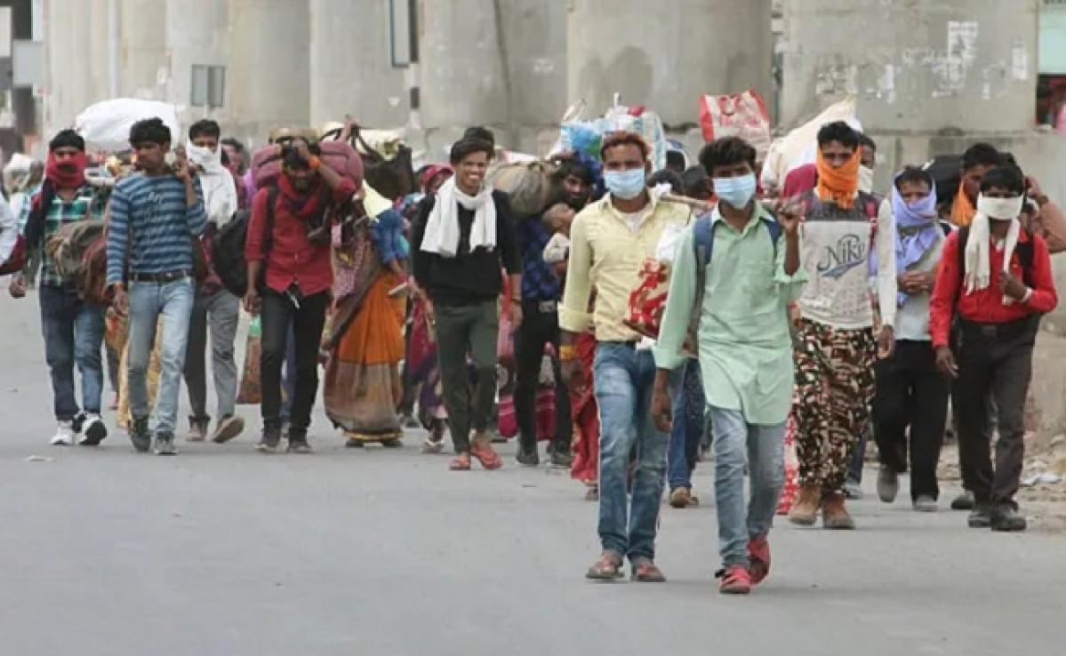 Lockdown in India : यूपी में फंसे बिहार के लोगों की मदद के लिए हेल्प डेस्क स्थापित, एक फोन पर मिलेगी मदद