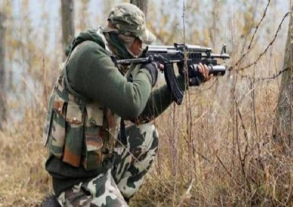 दक्षिण कश्मीर में ग्रेनेड हमले में सीआरपीएफ का एक जवान शहीद