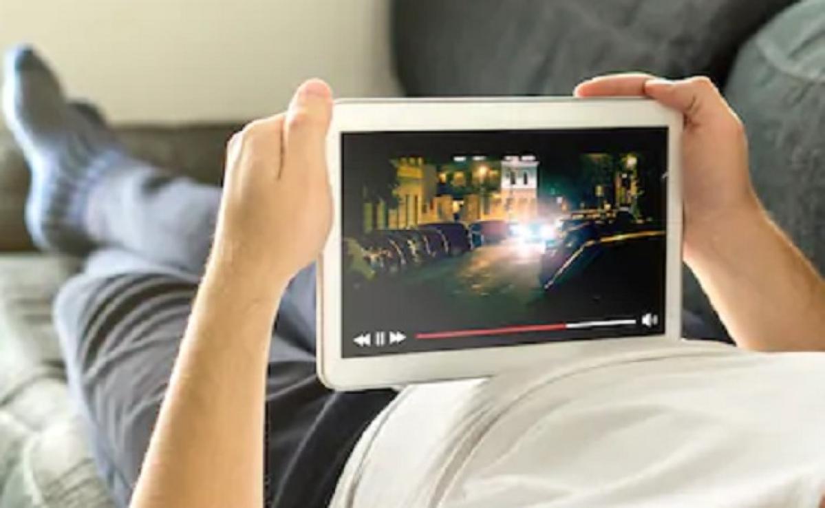 लॉकडाउन के दौरान लोगों में बढ़ा ऑनलाइन महामारी पर बनी फिल्में देखने का क्रेज