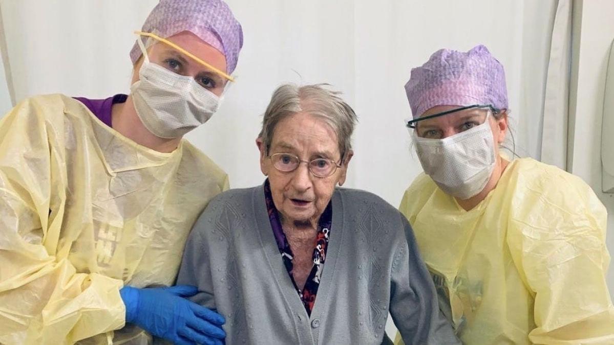 Coronavirus Outbreak Live Update : देशभर में अब तक 35 मौत, पिछले 24 घंटे में 127 संक्रमित मरीज बढ़े