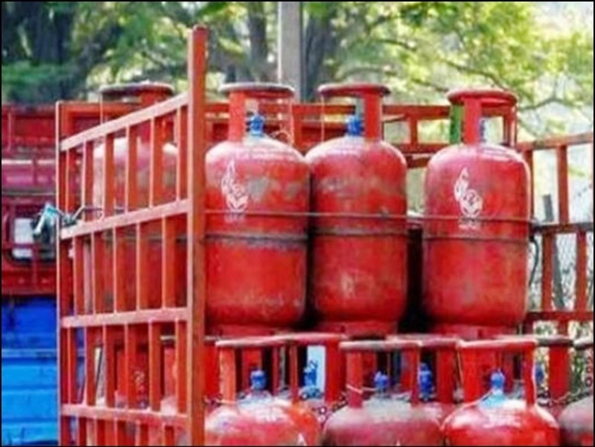कोरोना से जंग : अब घर पहुंचेगा सैनिटाइज्ड सिलिंडर, बिहार में प्लांटों पर की गयी विशेष व्यवस्था