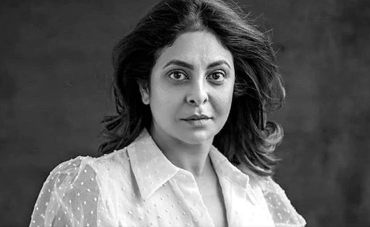 अभिनेत्री शेफाली शाह ने लंबा-चौड़ा पोस्ट लिखकर कहा - मैं कोरोना पॉजिटिव नहीं...