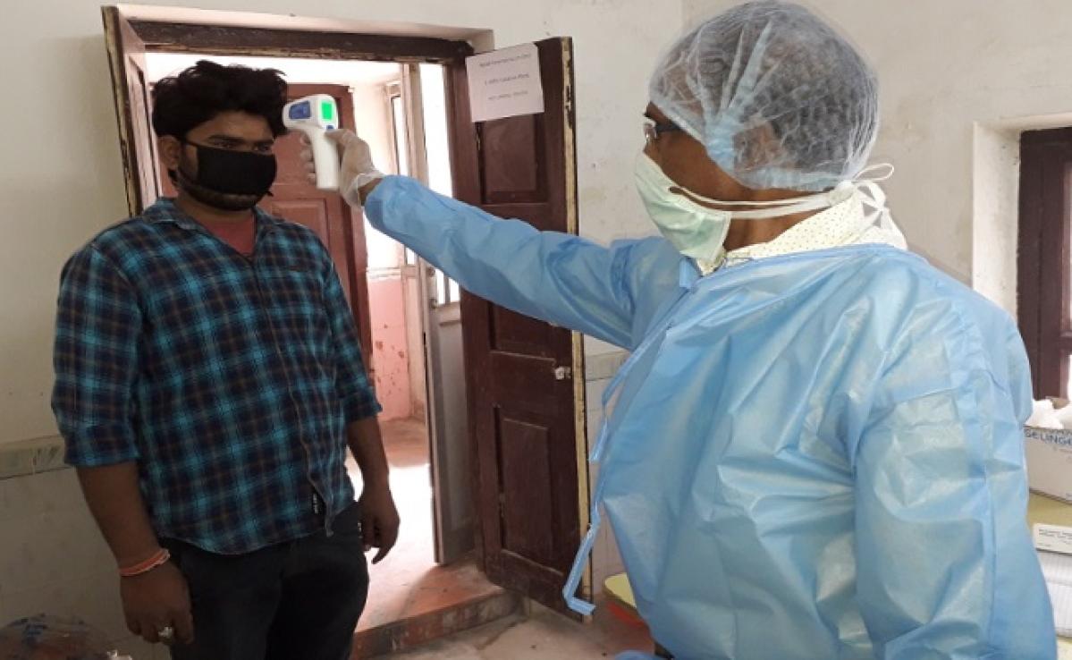दिल्ली, हरियाणा व यूपी से आये 355 लोगों का सदर अस्पताल में हुआ स्क्रीनिंग