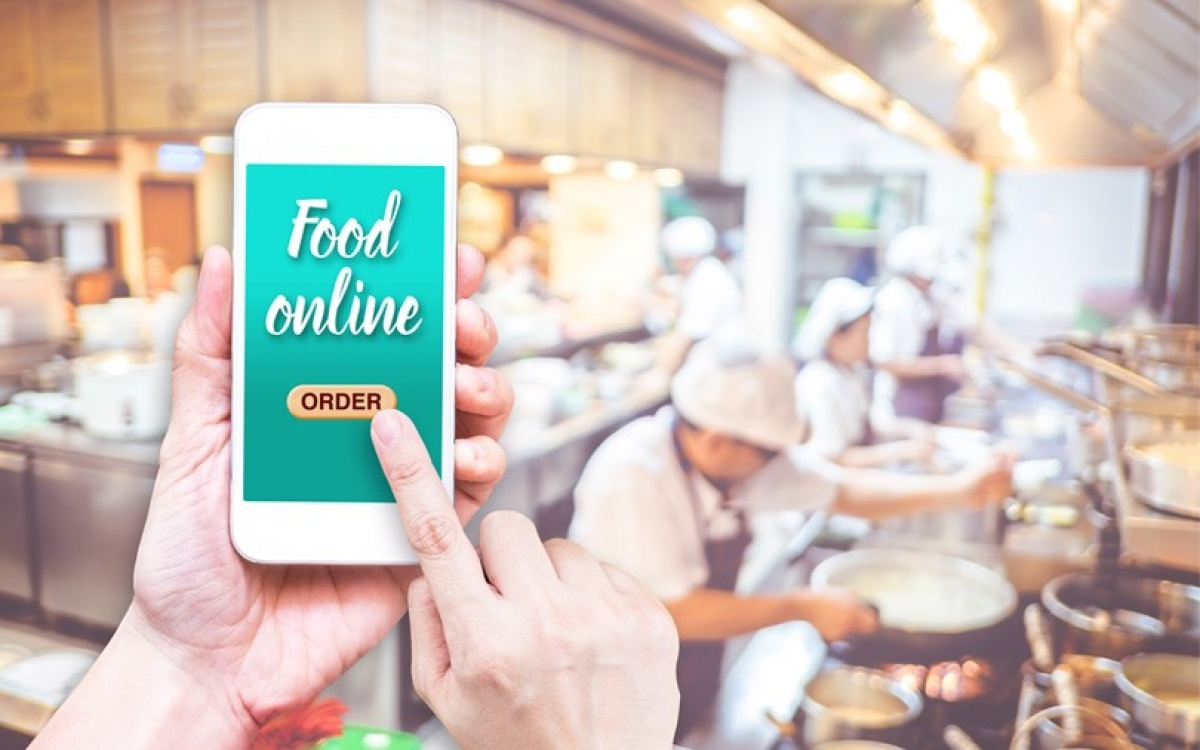 Cloud Kitchens: The next disruption in the online food industry