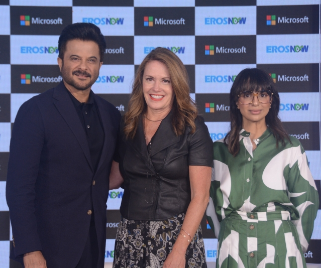 (L to R): Anil Kapoor, Peggy Johnson and Rishika Lulla Singh