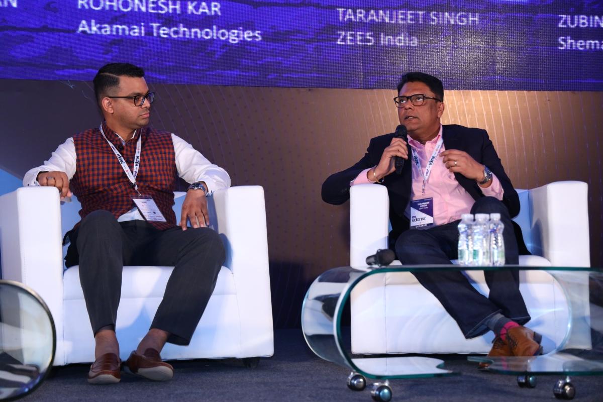 Rohonesh Kar (L) and Taranjeet Singh (R)