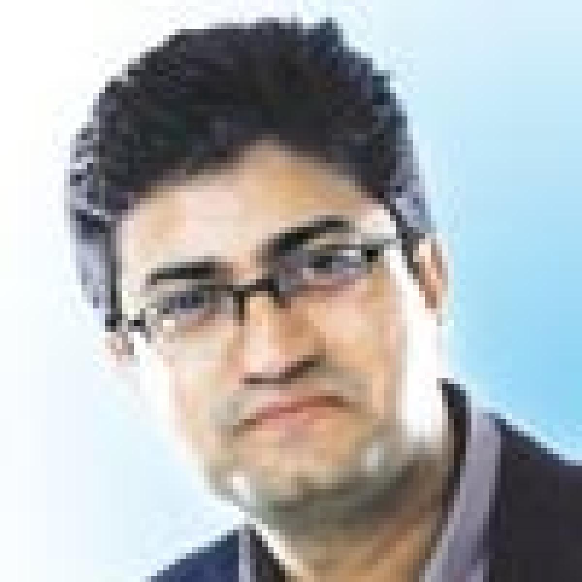 Prasoon Joshi gets a bigger role in the APAC region