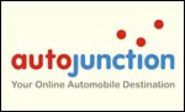 autojunction.in launches private vehicle advertising in Kolkata with 'Ads on Wheels'