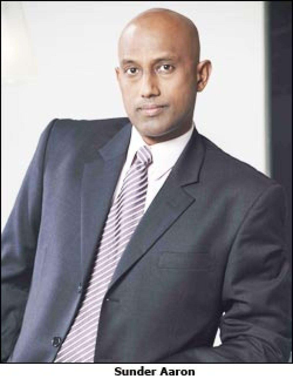 Sunder Aaron quits Pix