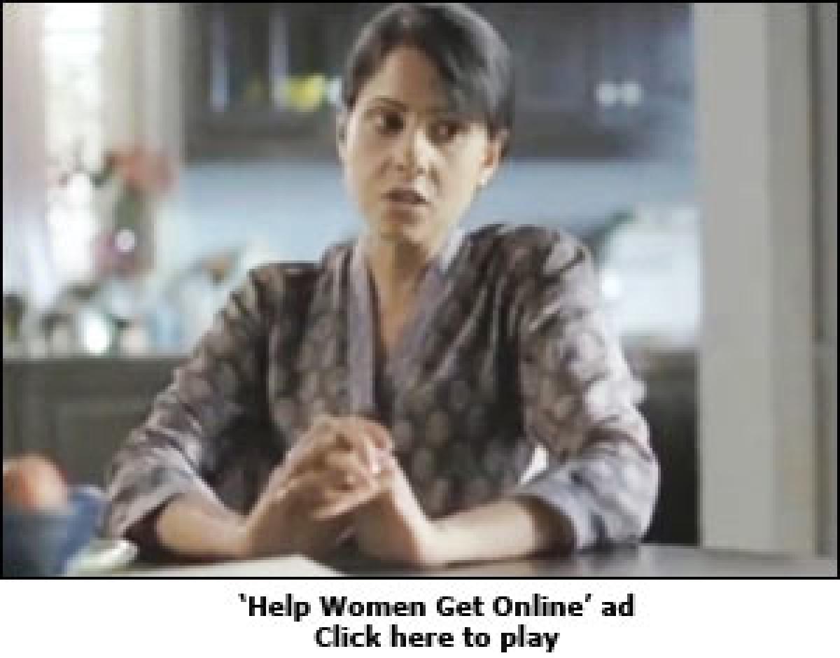 Google India teaches internet to women