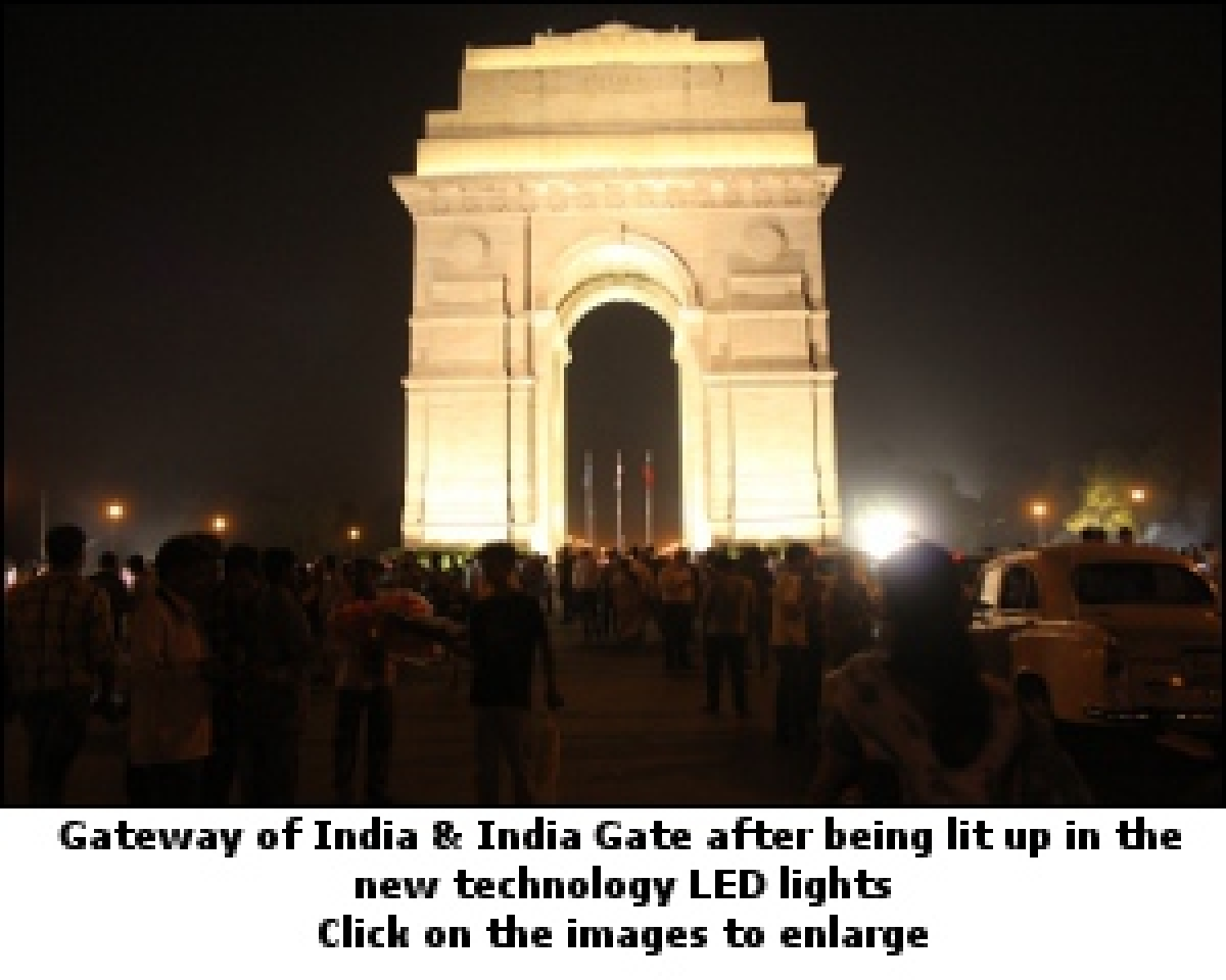 Philips shows the light at the Gateway of India
