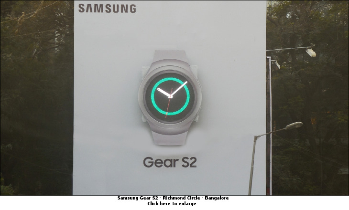 Samsung leverages Instagram and Outdoor to promote Gear S2
