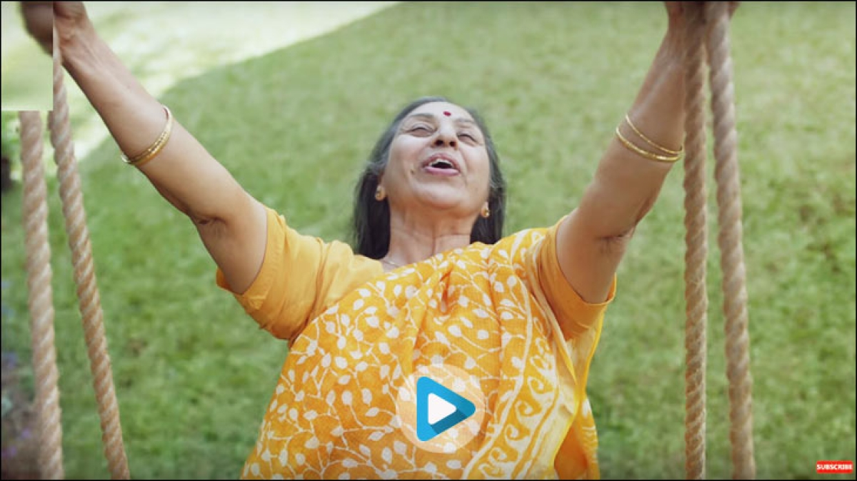 Saregama Carvaan wishes Happy Mother's Day in Retro style