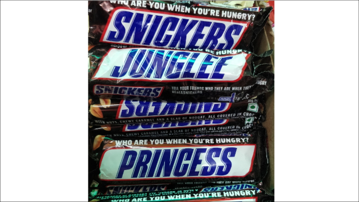 Snickers extends campaign to wrappers; boldly tweaks name on pack
