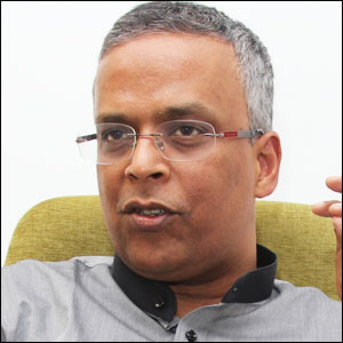 Should 'desh ki mitti se bani tiles' Kajaria re-think its Akshay Kumar association?