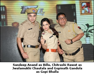 Sandeep Anand as Billu, Chitrashi Rawat as Jwalamukhi Chautala and Gopinath Gandola as Gopi Bhalla