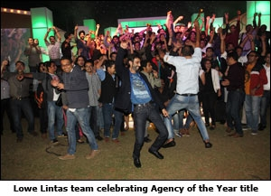 Lowe Lintas team celebrating Agency of the Year title