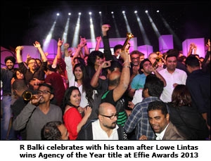 R Balki celebrates with his team after Lowe Lintas wins Agency of the Year title at Effie Awards 2013