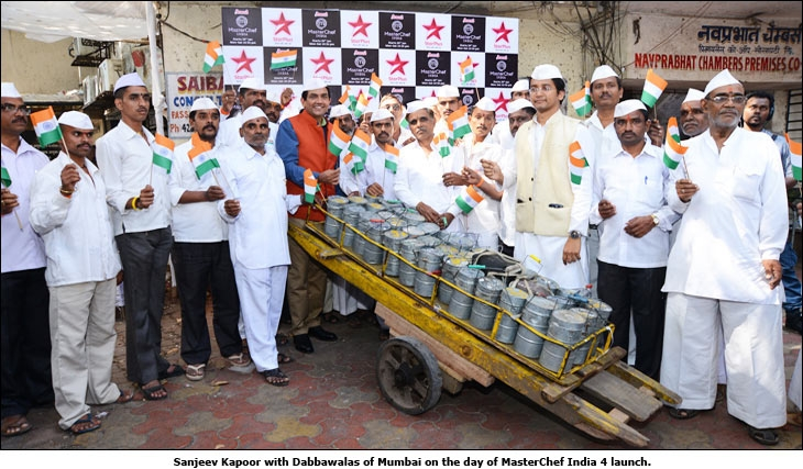 Sanjeev Kapoor with Dabbawalas of Mumbai on the day of MasterChef India 4 launch