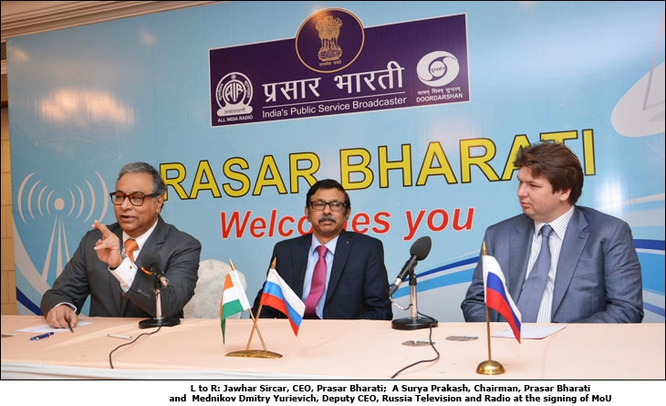 (left to Right) Jawhar Sircar, CEO, Prasar Bharati;  A. Surya Prakash, Chairman, Prasar Bharati and  Mednikov Dmitry Yurievich, Deputy CEO, Russia Television and Radio at the signing of MoU