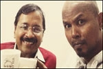 Guest Article Ram Subramanian On Aam Aadmi Party Arvind Kejriwal velfies and more
