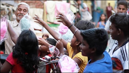 How Radio City and GREY tied up with candy vendors to educate slum kids