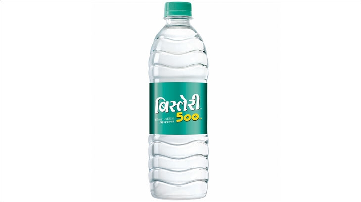 Packshot of Bisleri 500 ml with Marathi label