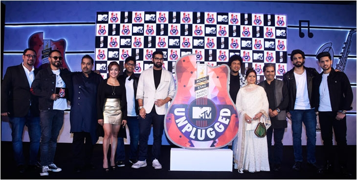 L to R: Ferzad Palia, Nikhil Chinappa, Shankar Mahadevan, Monali Thakur, Shivam & Siddharth Mahadevan, Papon, Rekha & Vishal Bhardwaj, Amal & Armaan Malik at the launch of MTV Unplugged
