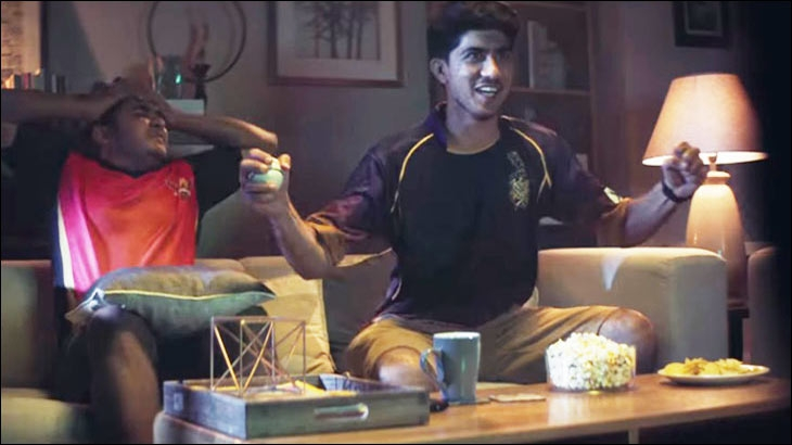 Ogilvy recycles old Bollywood chartbuster in Stars IPL campaign