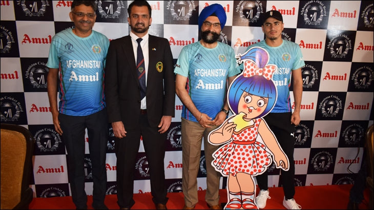 L-R: Jayen Mehta, CEO, Amul; Asadullah Khan, CEO, Afghanistan Cricket Team; RS Sodhi, Managing Director, AMUL; Mujeeb Ur Rehman, Member, Afghanistan Cricket Team